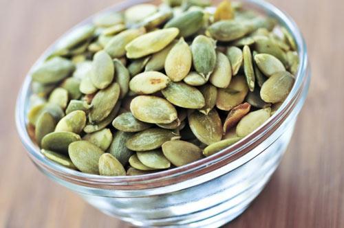 Ăn hạt bí có béo không?